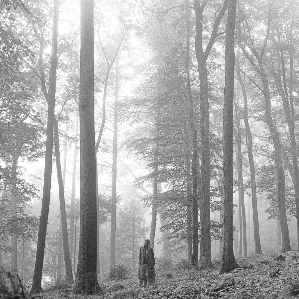 TAYLOR SWIFT: Folklore